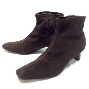 MATISSE Gledy Brown Suede Ankle Boots 9.5